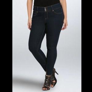 Torrid 14R Jegging Skinny Jeans Dark Wash Stretch